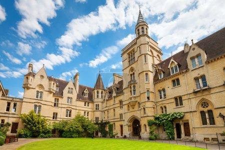 Photo pour Front Quadrangle au Balliol College. Oxford, Oxfordshire, Angleterre, Royaume-Uni - image libre de droit