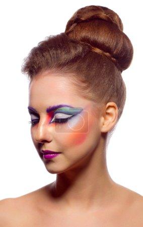 Photo pour Gros plan portrait de jeune fille avec peinture sur le visage - image libre de droit