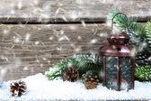 Lucerna ve sněhu