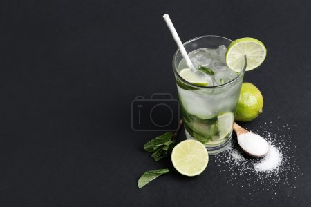 Mojito cocktail with limes