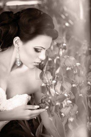 bride with stylish make-up