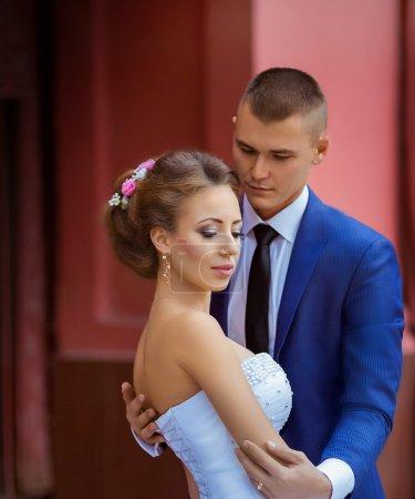 le marié et la mariée belle