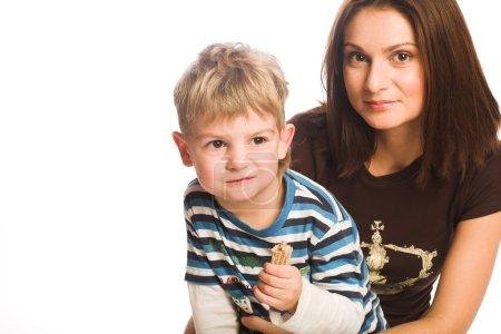 Photo pour Mère et fils, temps heureux - image libre de droit
