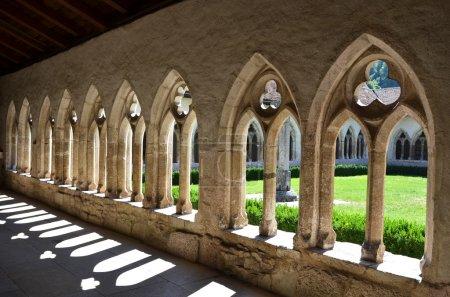 Photo pour La collégiale Sainte-Ursanne et son cloître. Canton du Jura, Suisse - image libre de droit