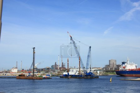 IJmuiden, september 10th 2016: the worlds largest sea lock