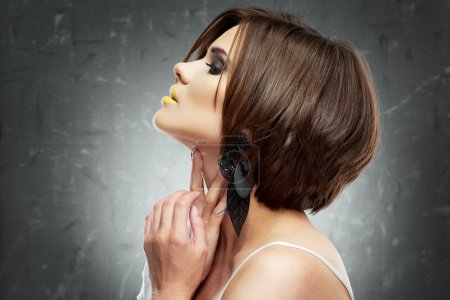Female model  with bob hair style.