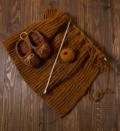 Knitted shoes and piece