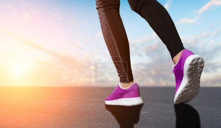 Legs of woman prepare for running