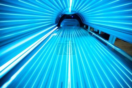 Solarium tanning bed