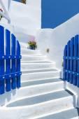 Schodiště a tradiční architekturu v santorini, Řecko