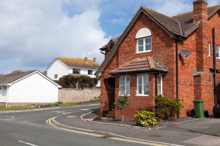 Photo pour Maison typique en brique rouge, Angleterre . - image libre de droit