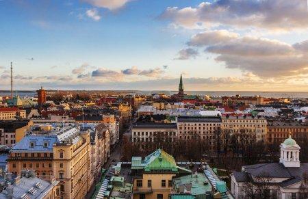 Photo pour Vue aérienne d'Helsinki, capitale de la Finlande - image libre de droit