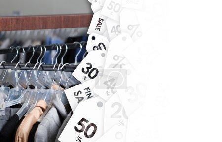Photo pour Vêtements parfaits de la saison précédente en vente - image libre de droit