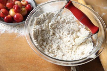Mischung aus Butter und Mehl für Kuchenkruste