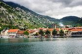 Zobrazit na Kotorskou zátoku a lodí