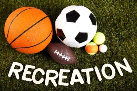 Mot de loisirs avec équipement sportif