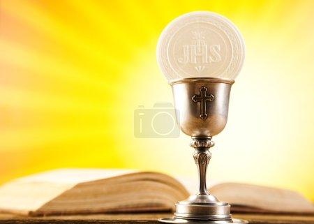 Photo pour Eucharistie, sacrement de communion - image libre de droit