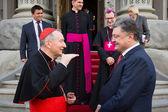 Petro Poroshenko a Vatikánský státní sekretář kardinál Pietro