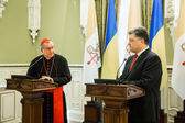 Petro Poroshenko és a Vatikáni bíboros államtitkár Pietro