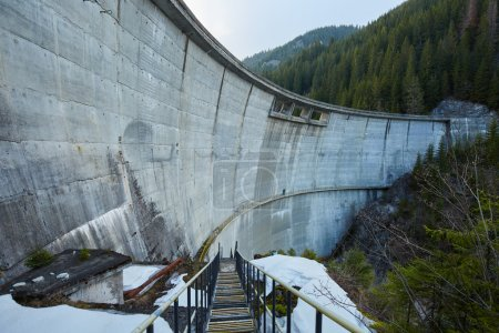 concrete dam in the mountains
