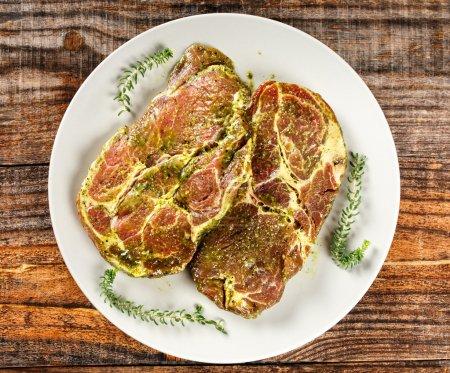Seasoned pork neck
