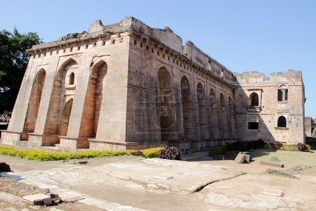 Hindola Mahal at Mandu