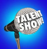 Přehlídka talentů slova 3d písmeny na mikrofon