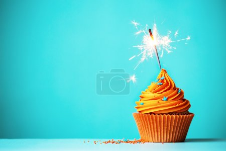 Cupcake orange avec sparkler
