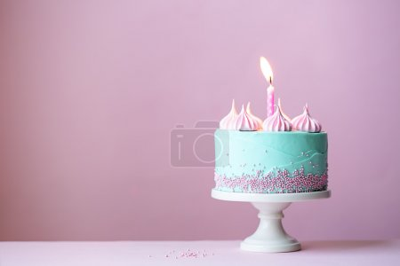 Photo pour Gâteau d'anniversaire avec une bougie - image libre de droit