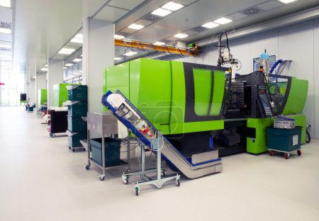 Injection molding of biomedical products in clean room