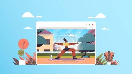Illustration pour Afro-américaine femme faisant des exercices d'étirement fille ayant entraînement de remise en forme entraînement en ligne mode de vie sain concept de sport à domicile pleine longueur illustration vectorielle horizontale - image libre de droit