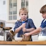Постер, плакат: Boys baking pastry