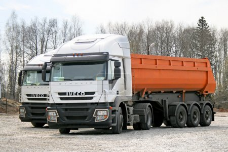 Iveco Stralis AT430