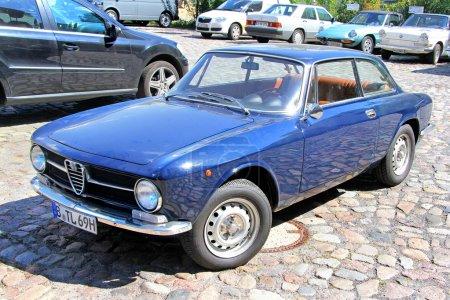 Альфа Ромео ГТ 1300 Джуниор