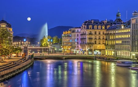 Photo pour Urban view with famous fountain by night with full moon, Geneva, Switzerland, HDR - image libre de droit