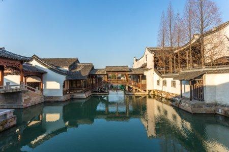 Photo pour Paysage traditionnel chinois dans la ville de l'eau, Wuzhen, Chine - image libre de droit