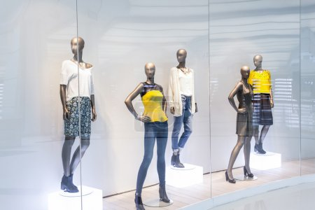Mannequins in fashion shopfront