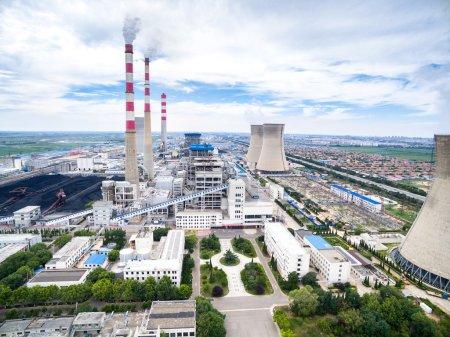Photo pour Horizon et paysage de la centrale électrique - image libre de droit