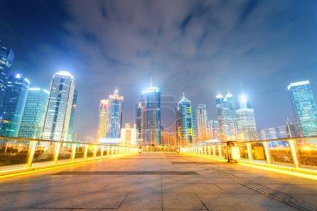 paysage urbain nocturne de shanghai