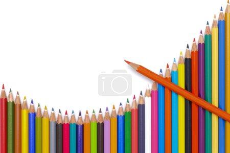 Photo pour Groupe de crayons montrent le graphique avec succès - image libre de droit