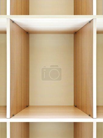 Photo pour Étagères en bois vides sur le grand magasin - image libre de droit