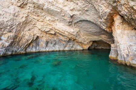 Photo pour Grottes bleues à la falaise de l'île de Zante, Grèce - image libre de droit