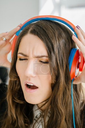 girl listening music