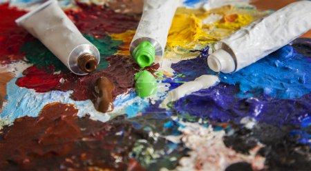 Photo pour Image de tubes de peinture des artistes. - image libre de droit