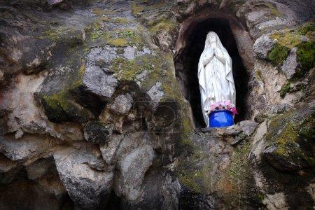 Statue Virgin Mary Religion Pray Faith