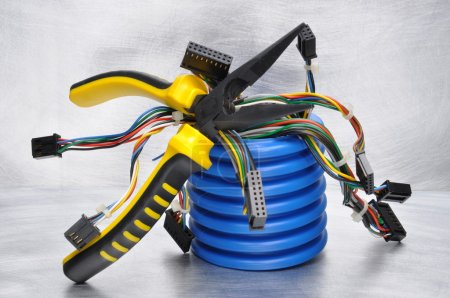 Tools and components of electrical installations
