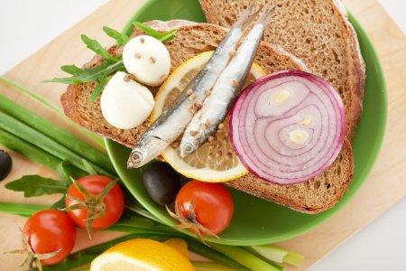 sardines on slice bread