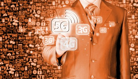 Businessman pushing 5G