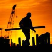 Sziluettje építőmunkás