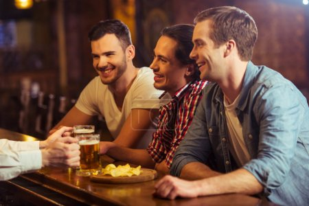Men in pub